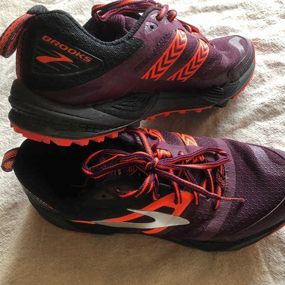 2cdad1182b6 Brooks Shoes - Brooks Cascadia Women s Trail Running Shoes 8.5